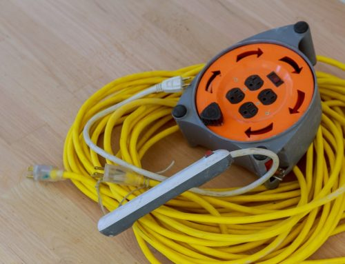 Differences Between Indoor & Outdoor Extension Cords